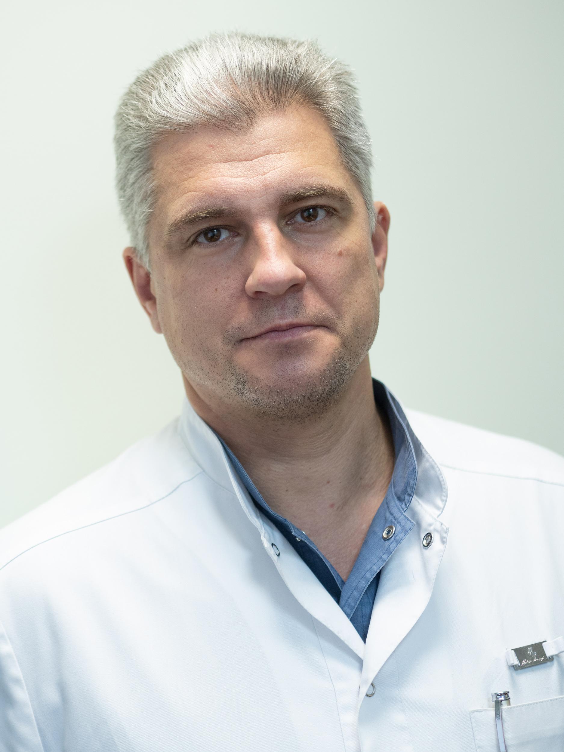 Светлов Дмитрий Владимирович